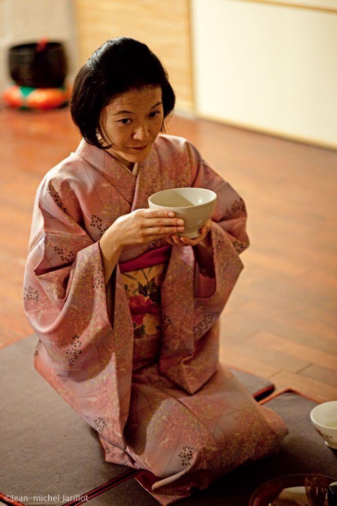 Miki-Ida-Pause-Th-WebIMG0006